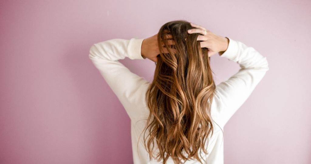 Polvere di neem: bellezza per i tuoi capelli
